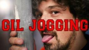 """Gil Jogging (chanson humour) """"Déjà dans ta ville, bientôt dans ton c..oeur"""", Gil Jogging, looser patenté, nous raconte sur fond de « cheap melody » aux rythmes funky invitant à la fête, sa vie décadente et sans intérêt, en pantalon de jogging... Pour les intellos, ajoutons qu'il nous emmène dans son univers drôle et attachant, décryptage d'une misère sociale urbaine, extrapolée jusqu'au rires les plus francs que suscitent ses chansons à chaque apparition sur scène... ou au comptoir ! https://giljogging1.bandcamp.com/"""