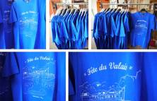Icone Home(Sérigraphie textile) –http://www.icone-home.fr– Amenez votre t-shirt pour vous faire imprimer un visuel spécialement réalisé pour la fête du Valais.