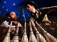 """La Canne ou la Mouton - Compagnie de jonglage fondée en 2016 par Gaëtan Sourceau et Paul Boura avec un premier spectacle, """"Les oiseaux du continent plastique"""". http://www.lacanneoulamouton.fr"""