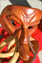 Cie Malaho + Cie Lbobo (masques de la commedia dell'arte) - Démonstration de confection de masque en cuir de commedia dell'arte et présentation historique et théâtrale de cet art de la comédie.